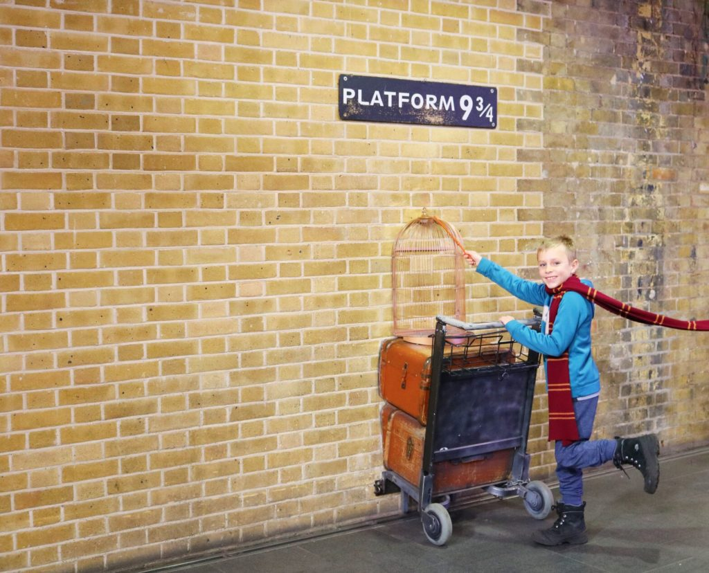 Harry Potter King's Cross Platform 9 3/4